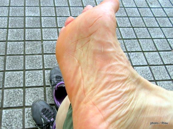 足裏が痛い。